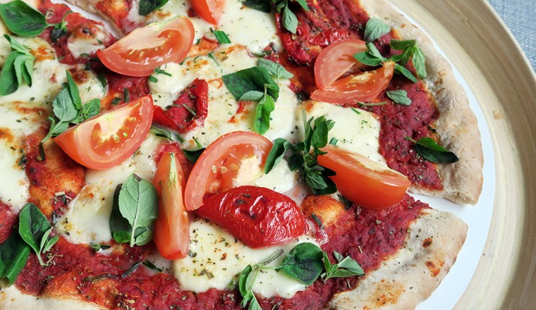 pizza_mozzarela_tmaat_basilicum2