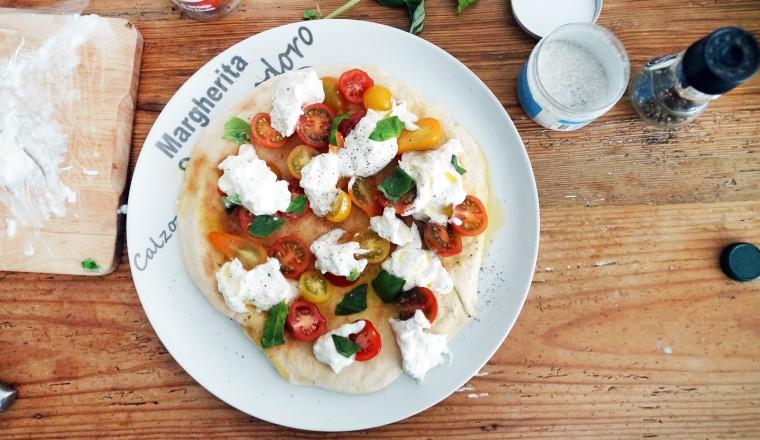 pizza_burrata_bianco_tomaat