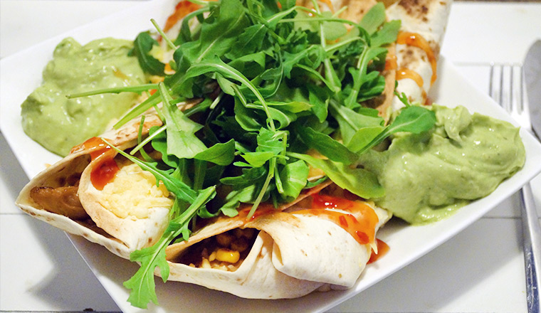 wraps_nepkip_mais_avocado_sweet_chili_rucola