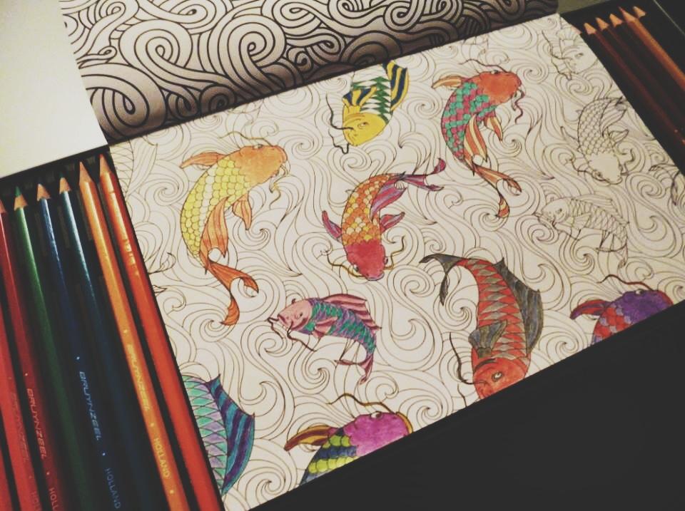 Boek: review // Kleurboek voor Volwassenen - Moderne Hippies