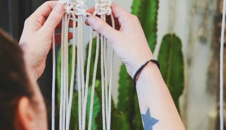 DIY Macrame Plantenhanger 9