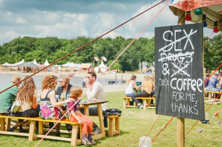 liefde festival welcome to the village 001