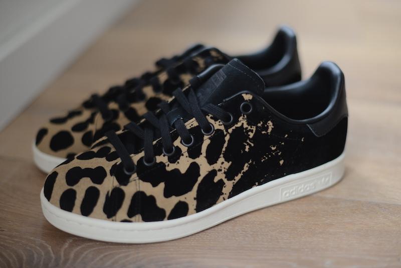 adidas stan smith zwart schubben