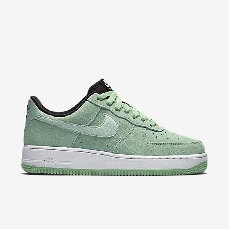 Nike Air Force Groen Suede