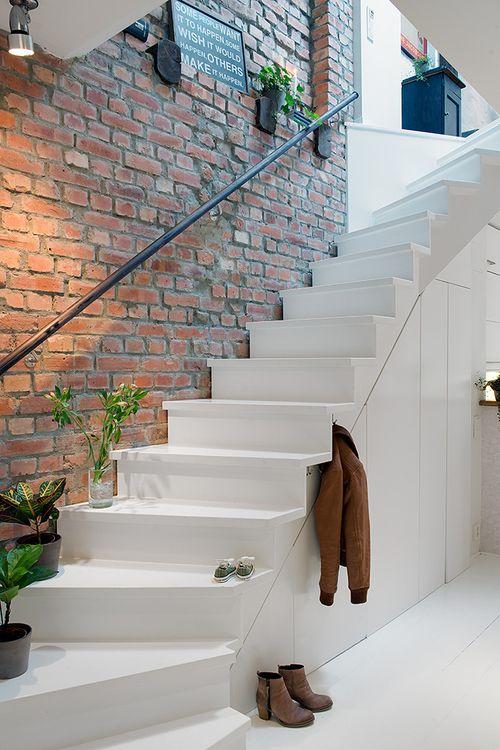 Stenen Muur Wit: Witte bakstenen muur stock foto afbeelding ...