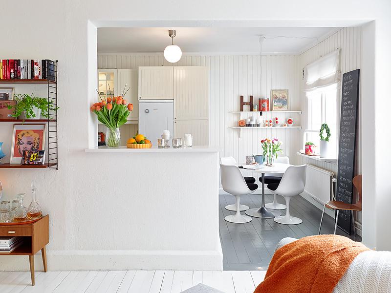 Marktplaats Keuken Recht : Zweeds appartement vol kleur en vintage – INTERIOR JUNKIE