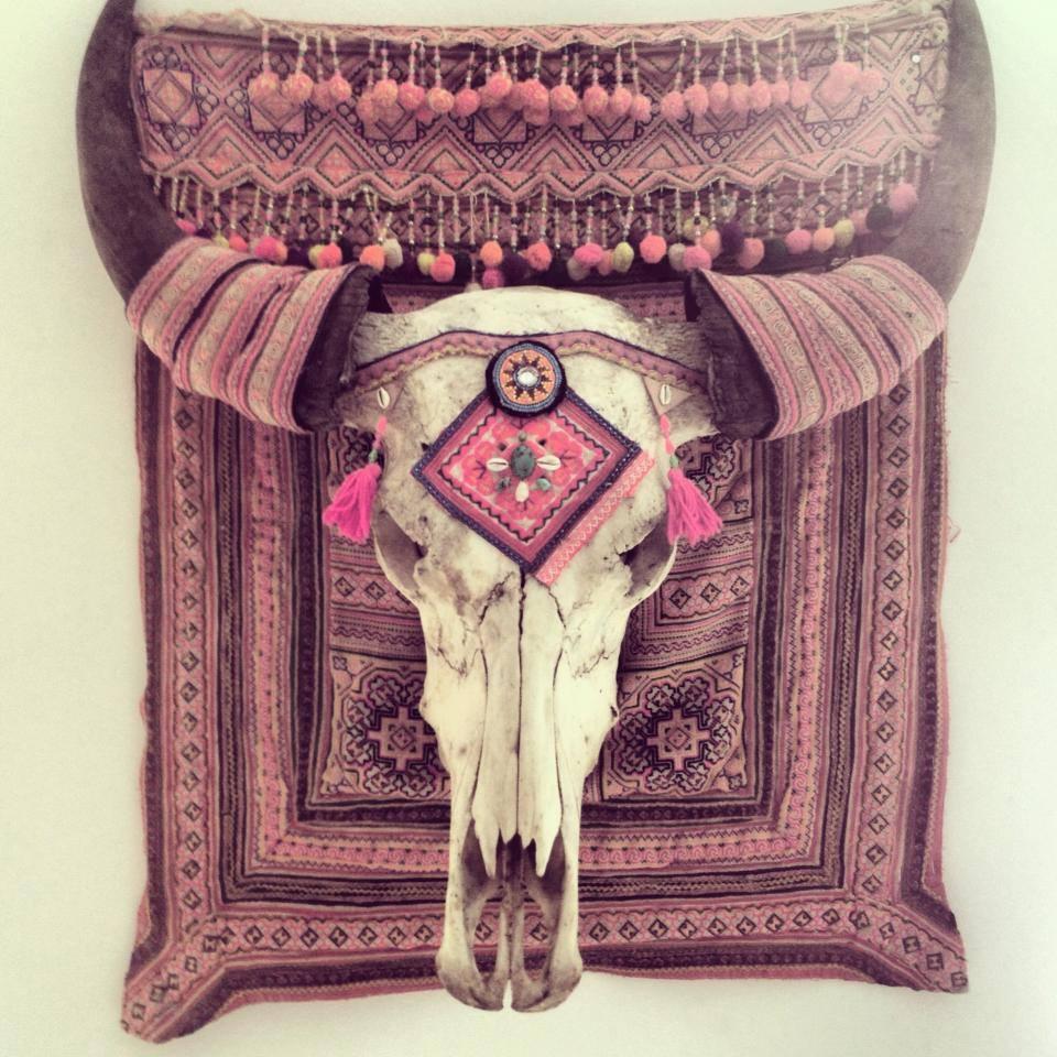 12x buffel schedels aan de muur   interior junkie