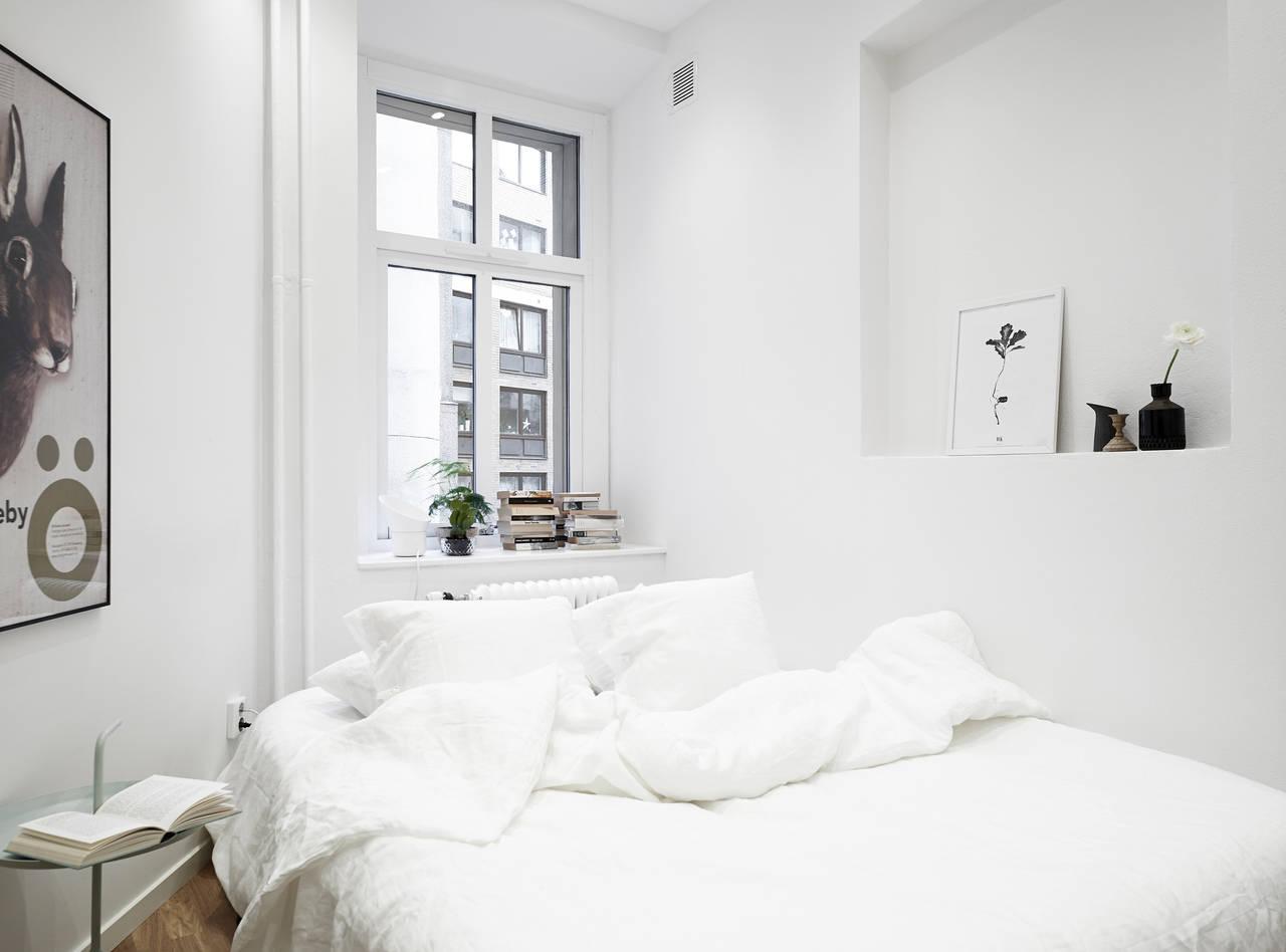 Huis met bakstenen muur als eyecatcher   interior junkie