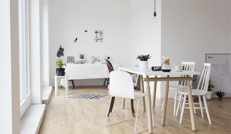 Witte eettafel stoelen finest kick luuk wit with witte for Witte moderne stoelen