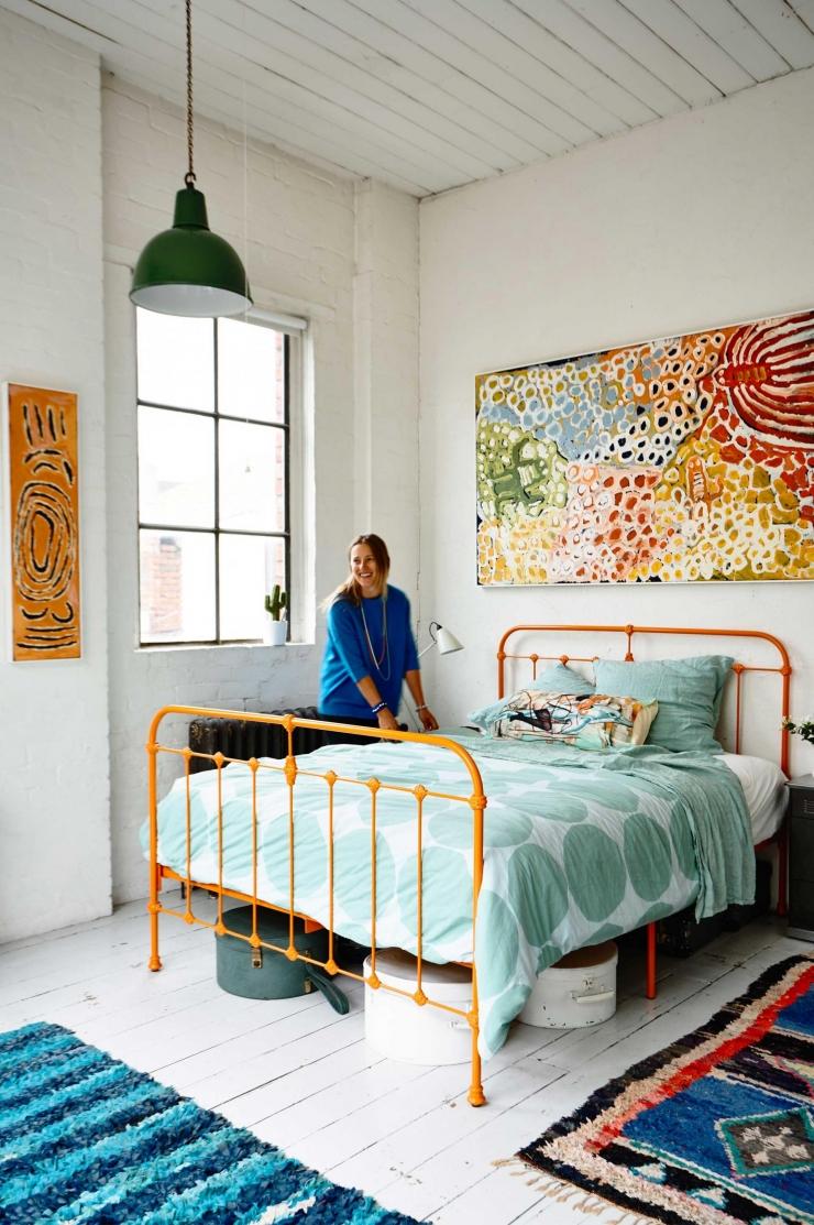 Industrieel kleurrijk stulpje vol karakter   interior junkie