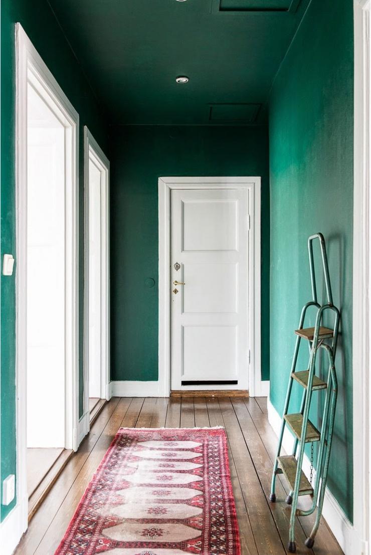 8x werken met een gekleurd plafond   interior junkie