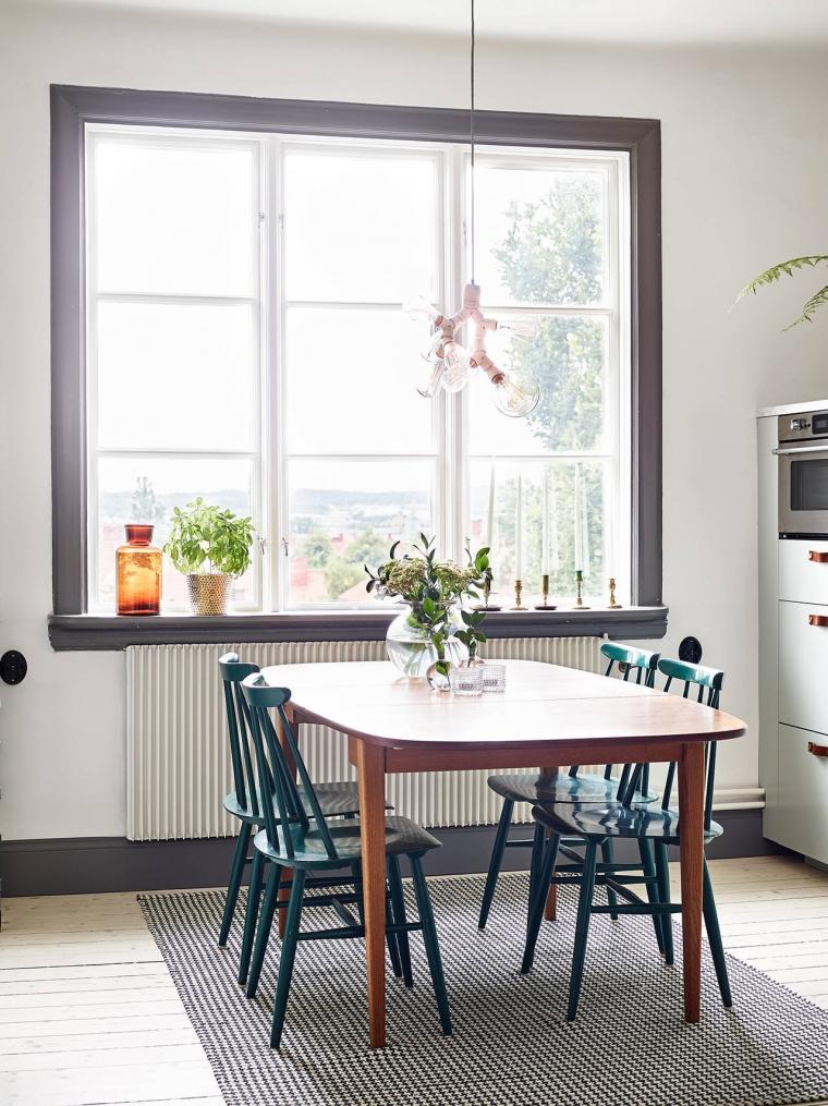 Huis met blauwe keuken als eyecatcher - INTERIOR JUNKIE