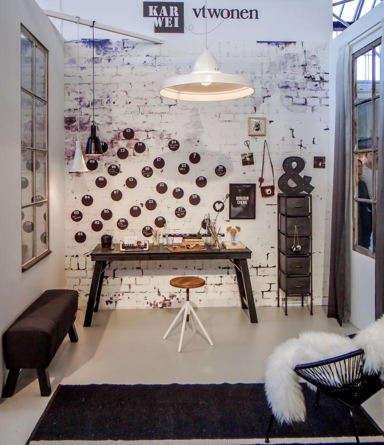 werken met behang in een industrieel interieur - interior junkie, Deco ideeën