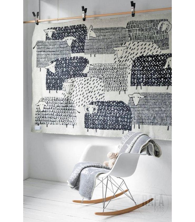 Doe eens gek en kies voor een wandkleed interior junkie for Interieur design opleiding hbo