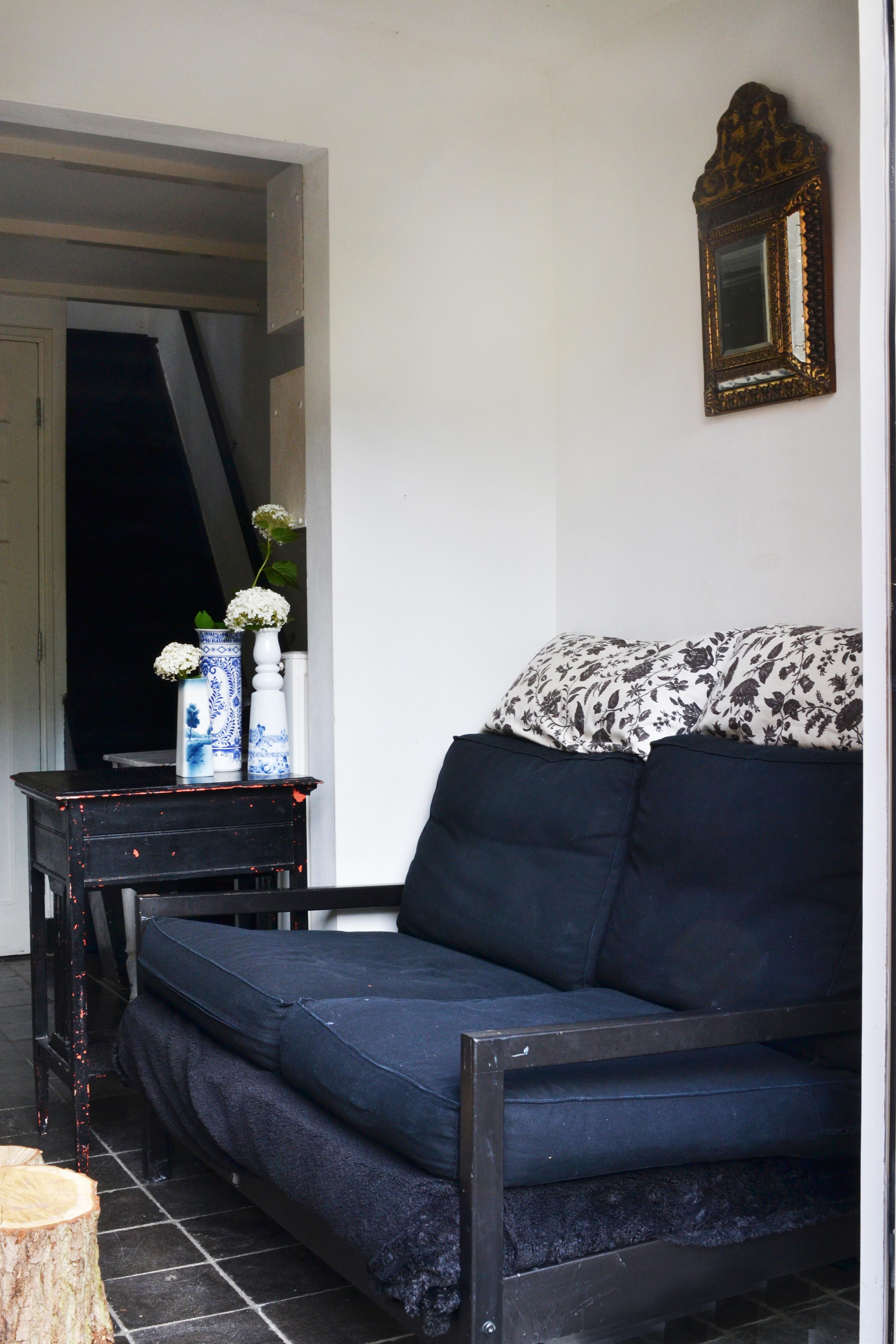 Thuis in een mini huisje van 13m2   interior junkie