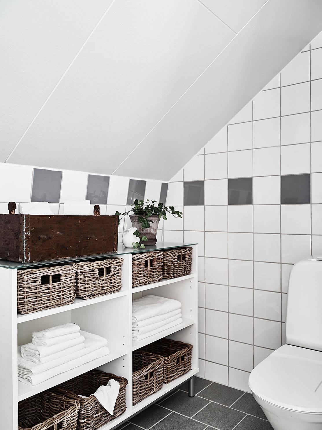 Wonen op een zolder vol met daglicht   interior junkie