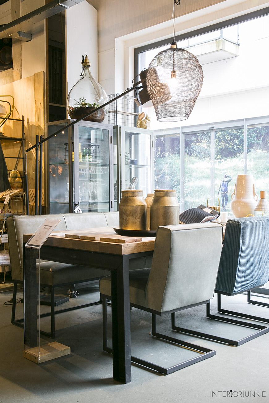 Woonwinkelen home stock in haarlem interior junkie for Interior junkie