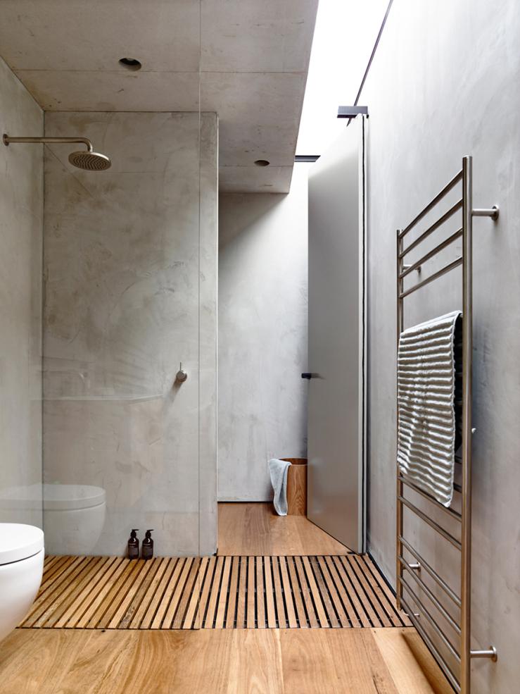 Hout in de badkamer: zo stijl je het