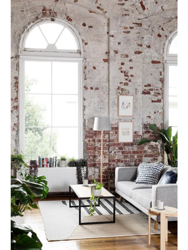 Binnenkijken in een huis met prachtig hoog plafond