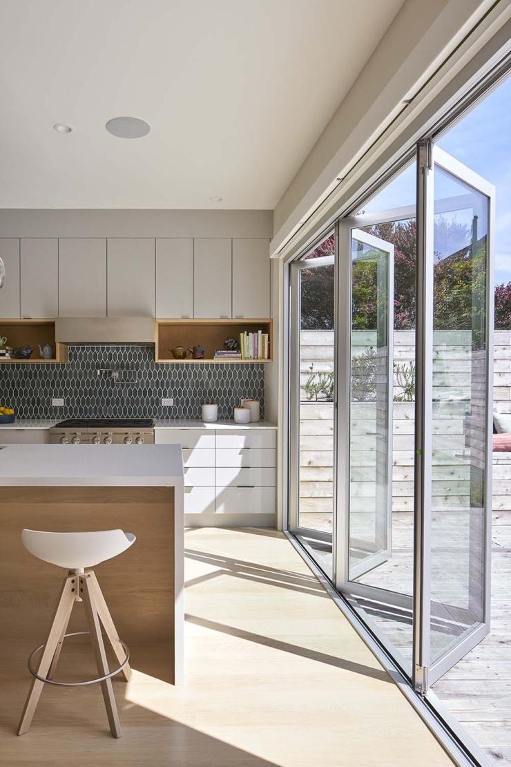 Modern-Family-Home-YamaMar-Design-07-1-Kindesign