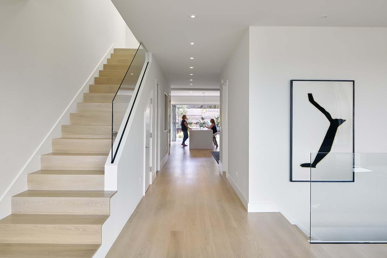 Modern-Family-Home-YamaMar-Design-10-1-Kindesign