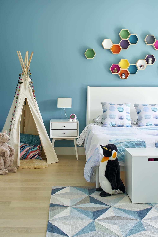 Modern-Family-Home-YamaMar-Design-15-1-Kindesign