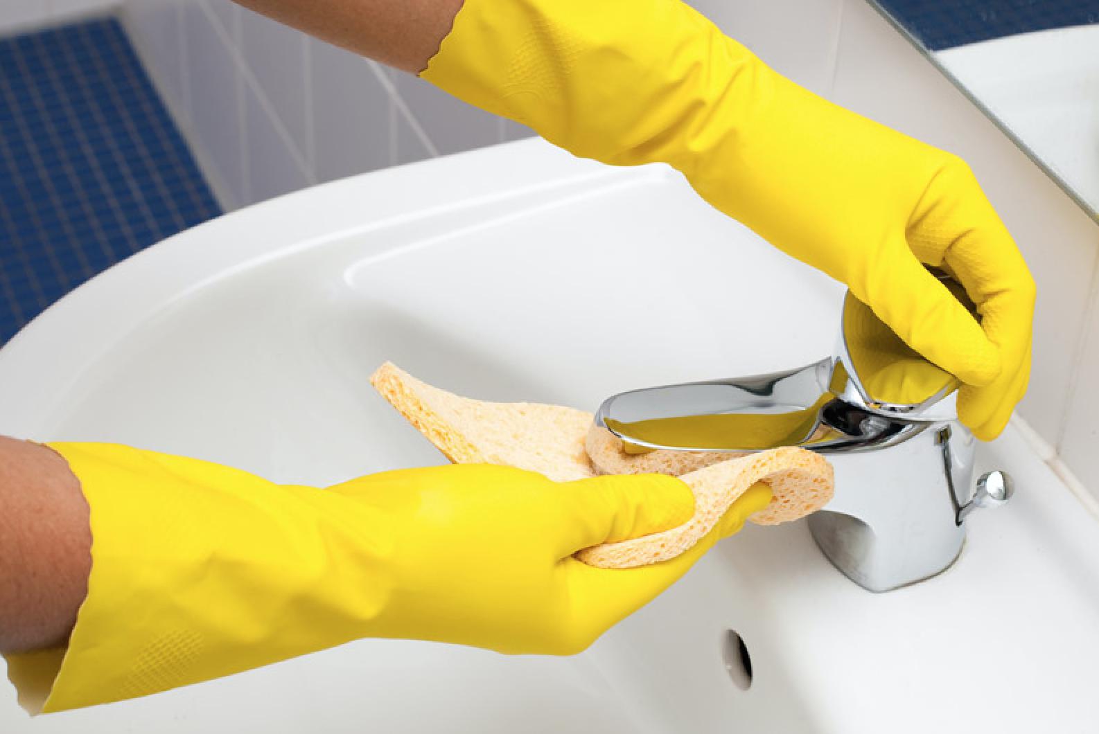 geniale schoonmaak tips voor de badkamer  Damespraatjes