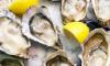 Hoe open je een oester - stock