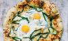 Pizza met pecorino, bosui en ei 2