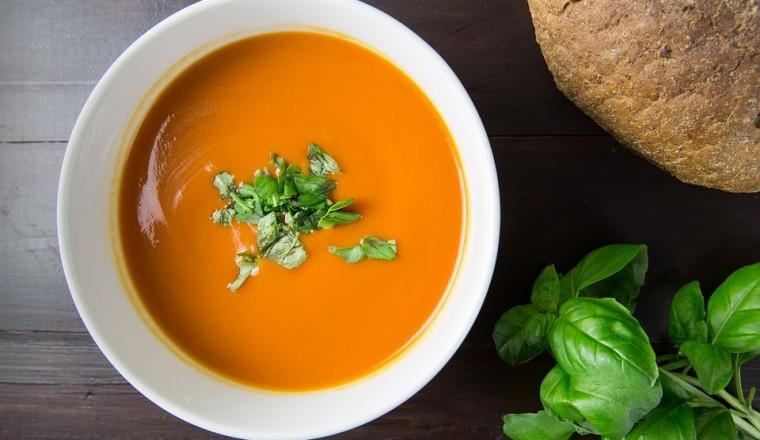 Tomaten-crèmesoep die binnen 10 minuten op tafel staat recept