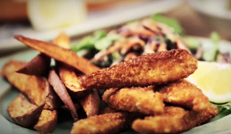 Zelfgemaakte kipnuggets (die je zonder schuldgevoel kunt eten)
