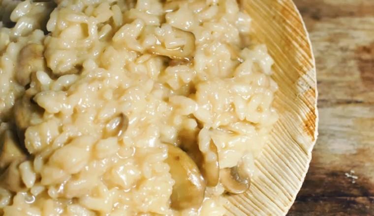 Risotto met paddestoelen gewoon wat een studentje s avonds eet risottochampignons fandeluxe Image collections