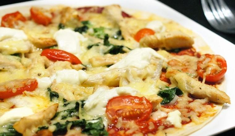 Pizza Pollo Tortizza Met Kip En Spinazie Gewoon Wat Een