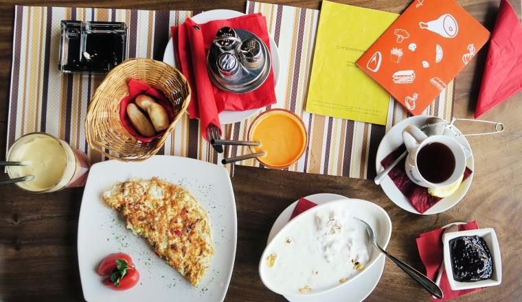 Hotspots in Belgrado: Ontbijt bij Supermarket Deli