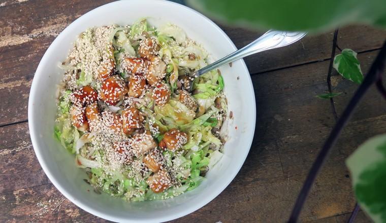 Aziatische rijst-salade! Misschien niet iets wat je in dit rijtje zou verwachten, maar smaakt heerlijk!