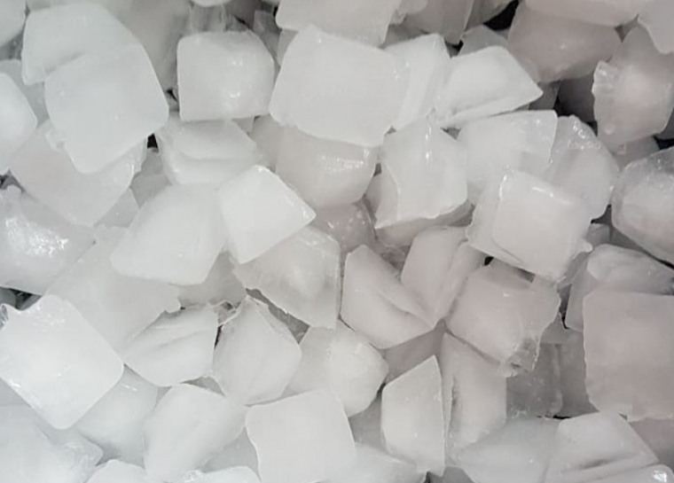 via https://www.instagram.com/p/Bln87PEgXMu/?tagged=icecubes