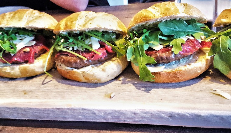 Marlon_carpaccio_hamburgers