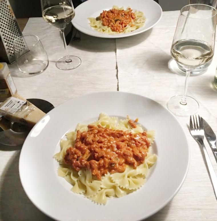Pittige pasta met tomatenroom en spek
