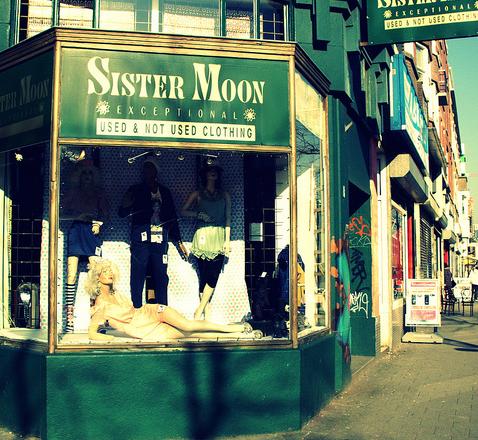 Sister Moon Rotterdam