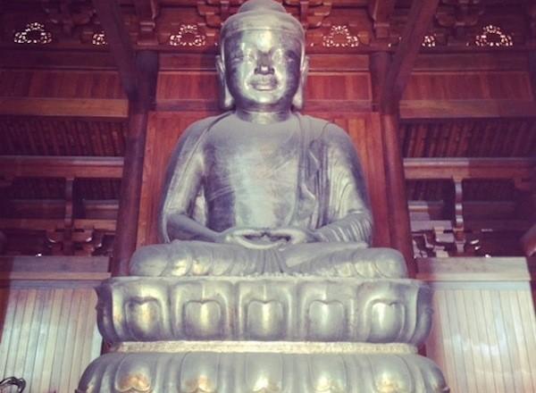 1. Typisch Chinees natuurlijk het Boeddhisme en bijbehorende Boeddha. -1