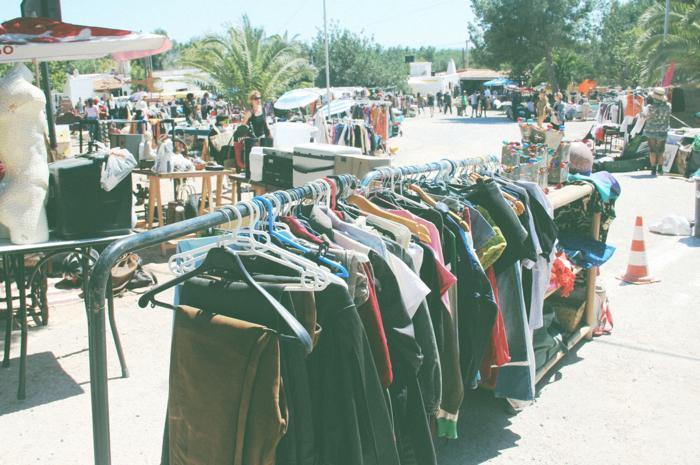 Cala Llenya Market1