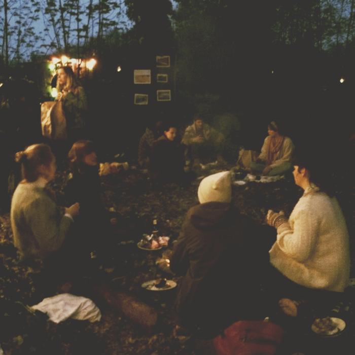 Super Epic Yurt Party Hippies06