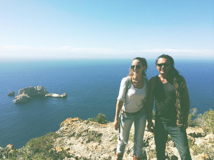 "Hike in de omgeving van Santa Agnes met ""oude hippie"" Donovan :)"