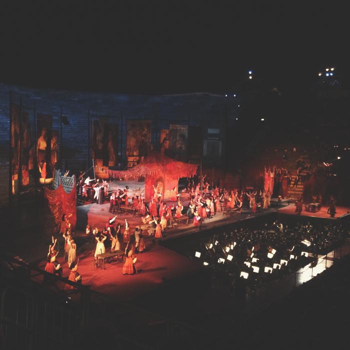 We sloten de tweede dag af in de opera van Verona; spectaculair en zeer uniek.