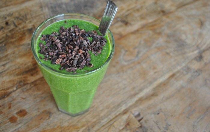 Groene smoothie Spinazie Amandelmelk Banaan Kokos Chia Cacao Nibs