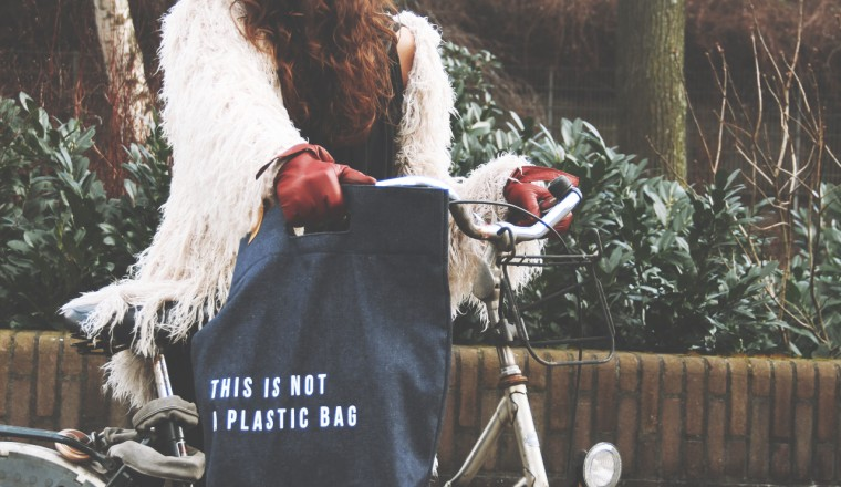 This is not a plastic bag 01
