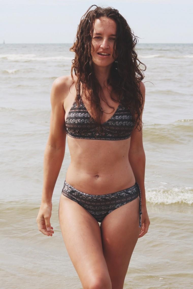 Lotw - een eerlijke bikini - MH - Curms - 7