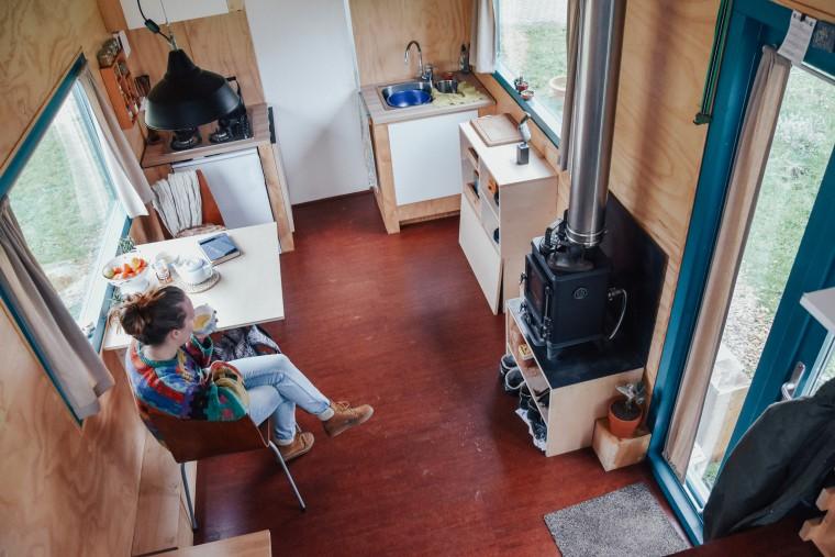 moderne hippies kijkje in tiny house-21