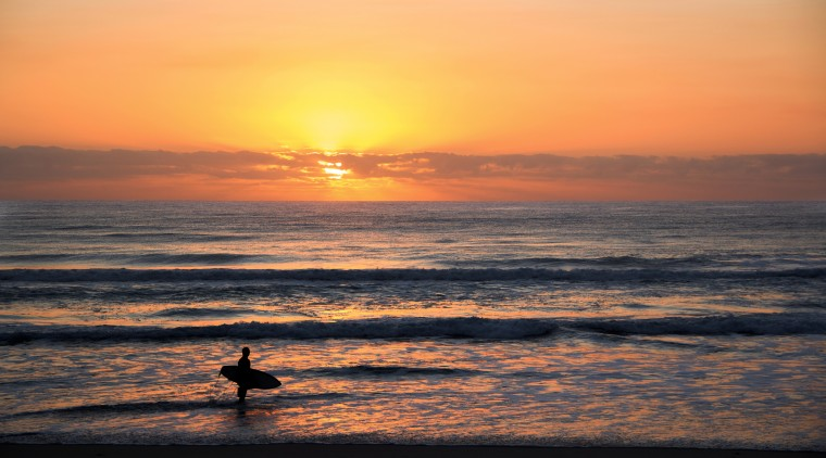 australia-backlit-beach-1089167