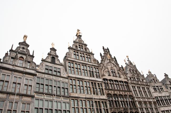 48 uur Antwerpen - INTERIOR JUNKIE
